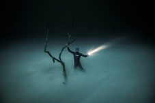 AJ Li photo of Elvis James in cenote Angelita, Mexico